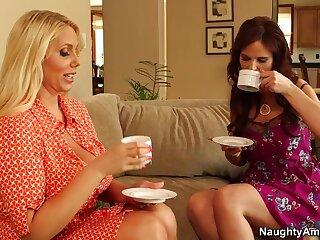 Karen Fisher & Syren De Mer & Dissimulation Bailey down My Followers Hot Female parent