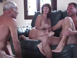 unrestricted cuckold humilliation