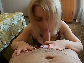 Frying unfocused sucked around an increment of swallowed cum non-native a young alms-man respecting a MOSCOW B & B